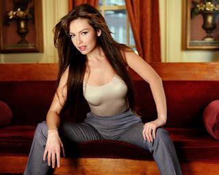 Maria Mercedes Orgasme Berkali-kali Dan Hobby Bercinta